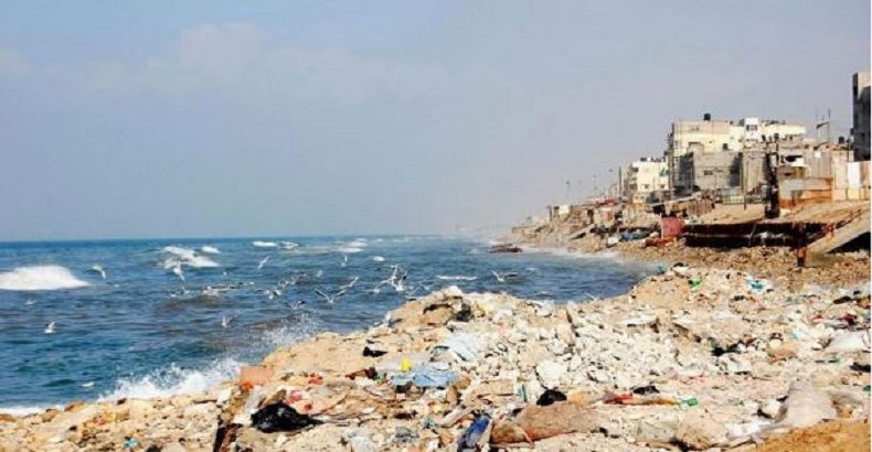 La pollution à Gaza, une mer poubelle